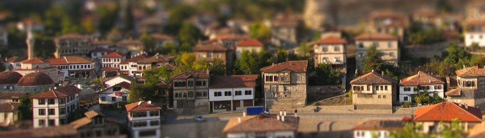 tilt-shift photo
